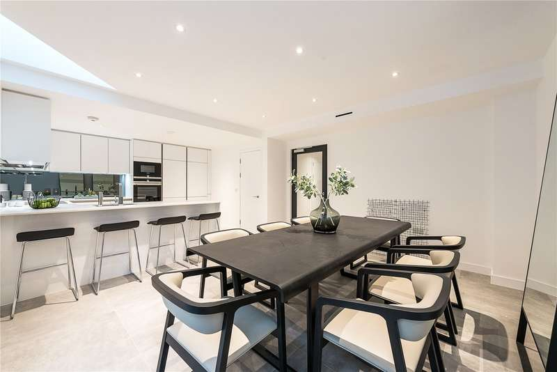 2 Bedrooms Flat for sale in Ashmount Lodge, London, N10