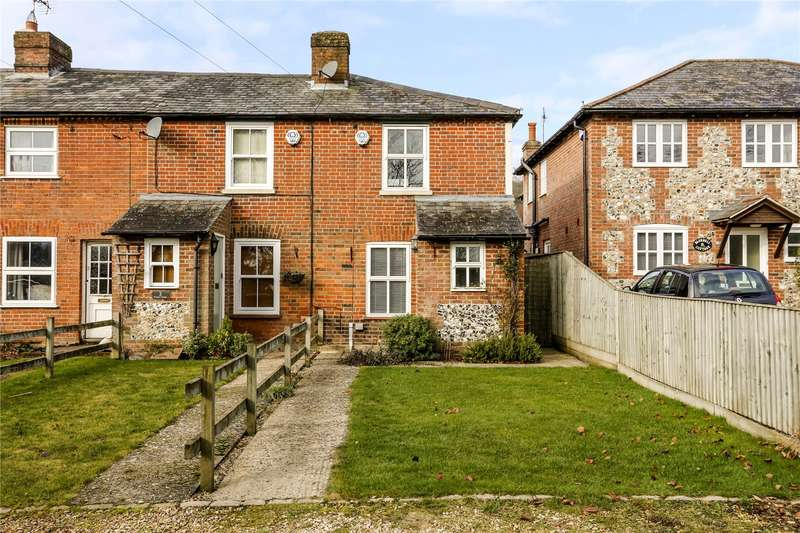 2 Bedrooms Terraced House for sale in Prospect Cottages, Downley Road, Naphill, Buckinghamshire, HP14