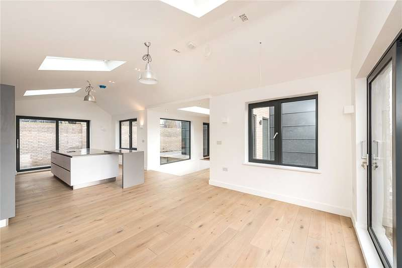 4 Bedrooms Detached House for sale in St. James's Lane, Muswell Hill, London, N10