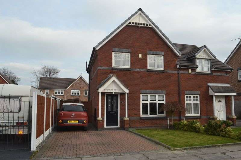 3 Bedrooms Semi Detached House for sale in Barberry Crescent, Netherton