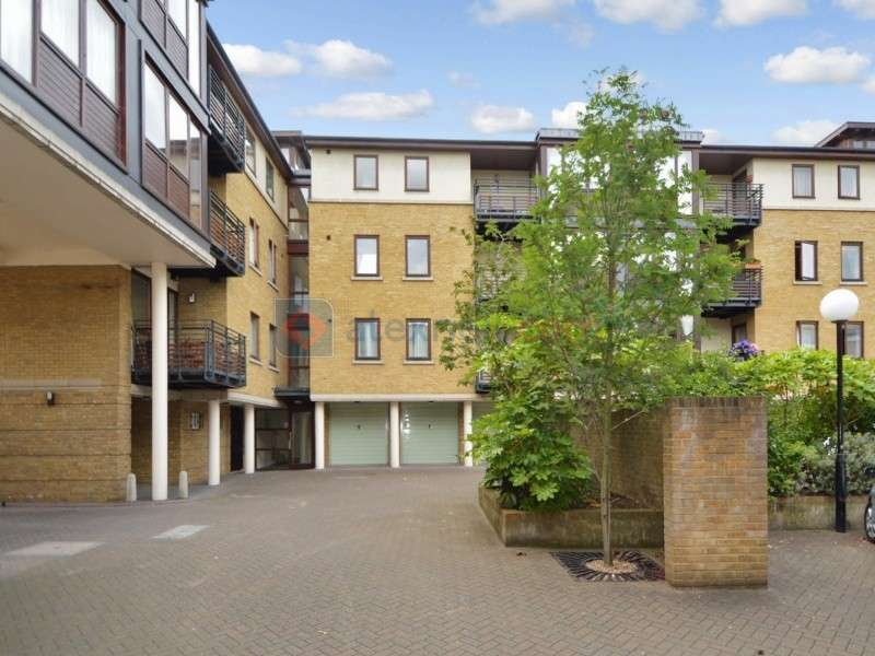 2 Bedrooms Flat for sale in Vantage Mews, Docklands E14