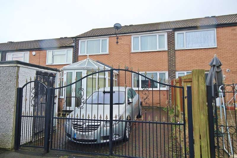 3 Bedrooms Property for sale in Naburn Road, Leeds, LS14
