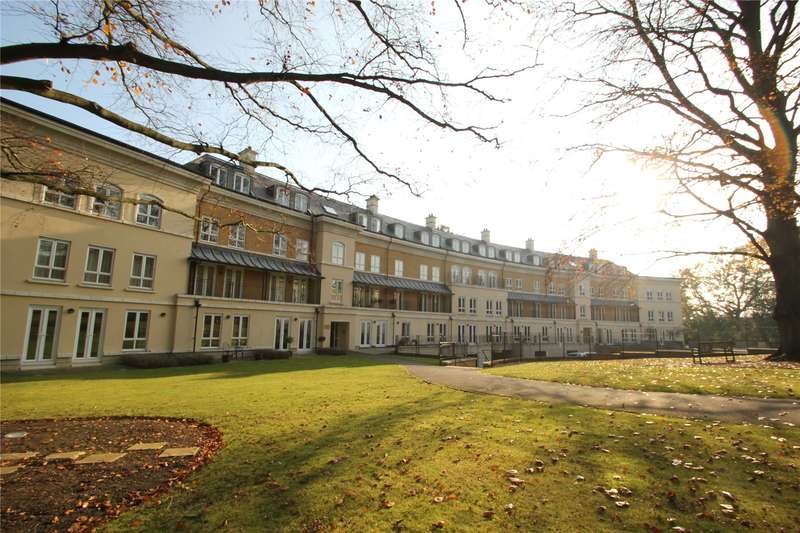 2 Bedrooms Apartment Flat for sale in Copper Beech House, Heathside Crescent, Woking, Surrey, GU22
