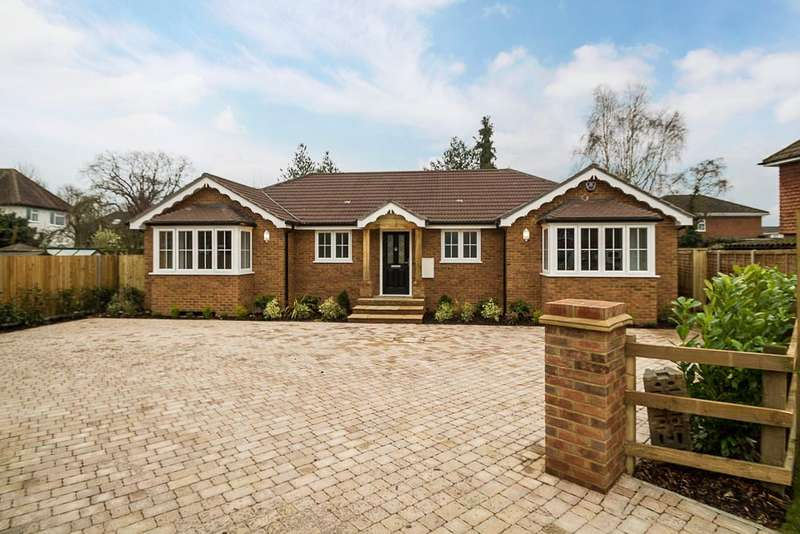 4 Bedrooms Detached Bungalow for sale in Elizabeth Avenue, Laleham, TW18
