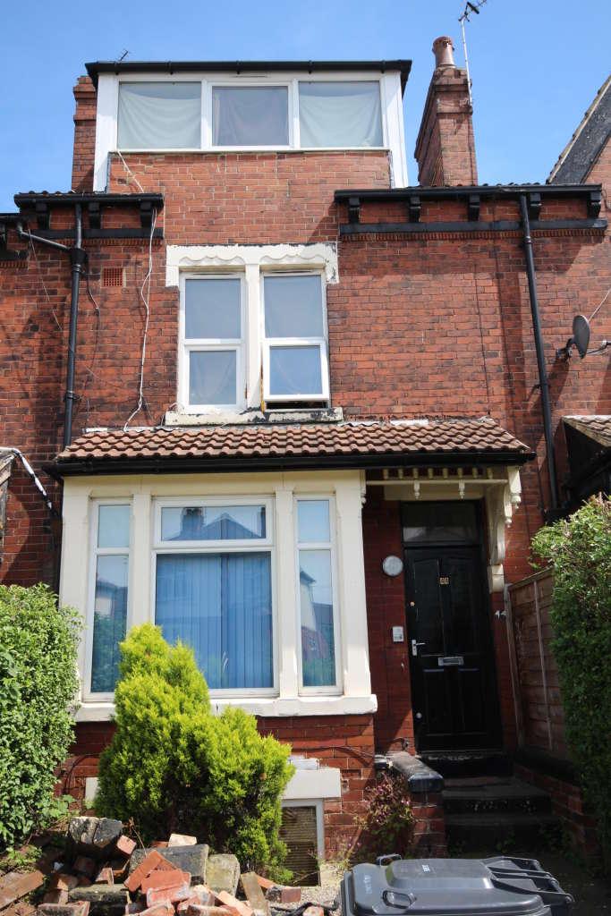 1 Bedroom Flat for rent in Armley Ridge Road, Leeds, West Yorkshire, LS12