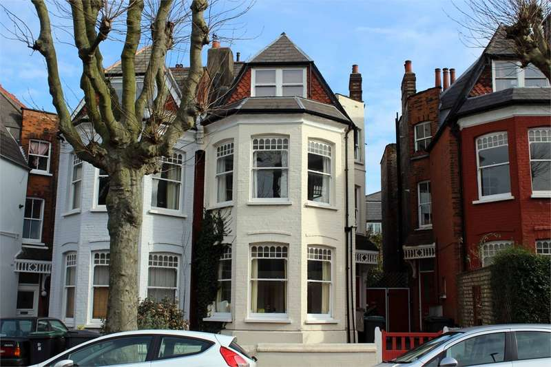 1 Bedroom Flat for sale in Tetherdown, Muswell Hill, London