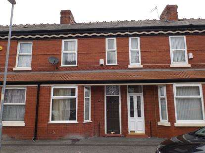 2 Bedrooms Terraced House for sale in Wykeham Street, Manchester, Greater Manchester, Uk