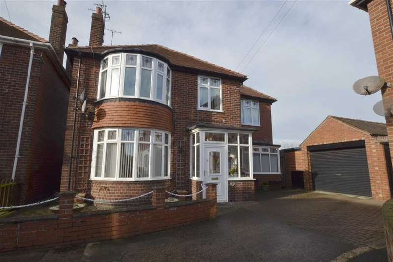 3 Bedrooms Property for sale in Fortyfoot Grove, Bridlington, YO16