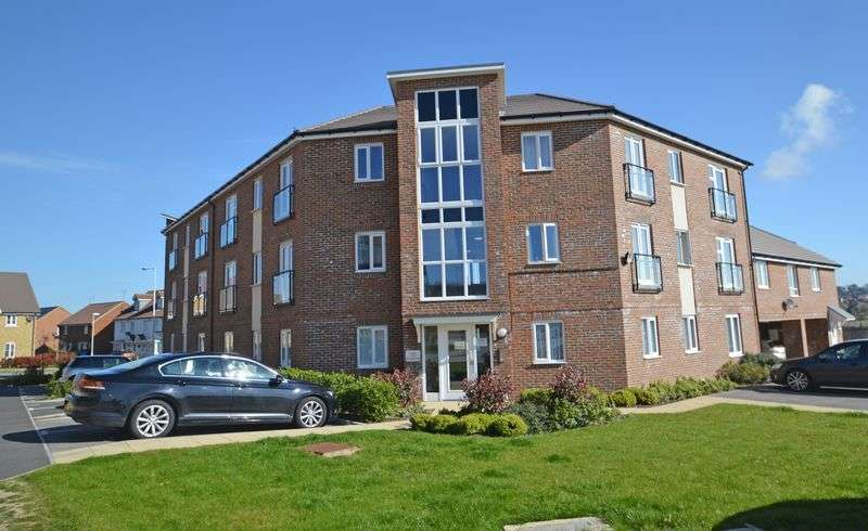 2 Bedrooms Flat for sale in Laurel Road, Minster on Sea