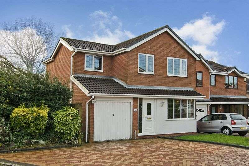4 Bedrooms Detached House for sale in Clover Meadows, Heath Hayes, Cannock