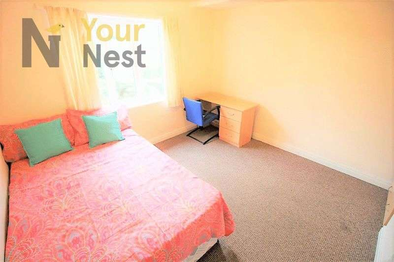 6 Bedrooms House for rent in Ash Road, Headingley, LS6 4AJ