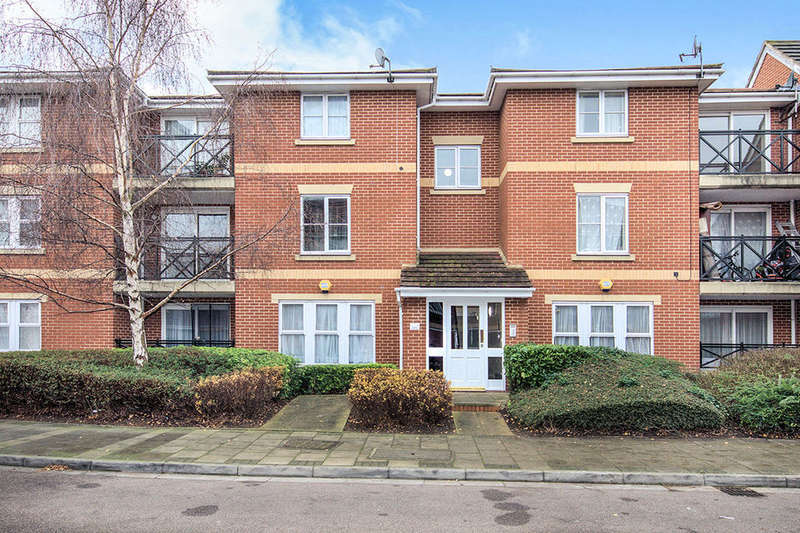 2 Bedrooms Flat for sale in Marathon Way, London, SE28