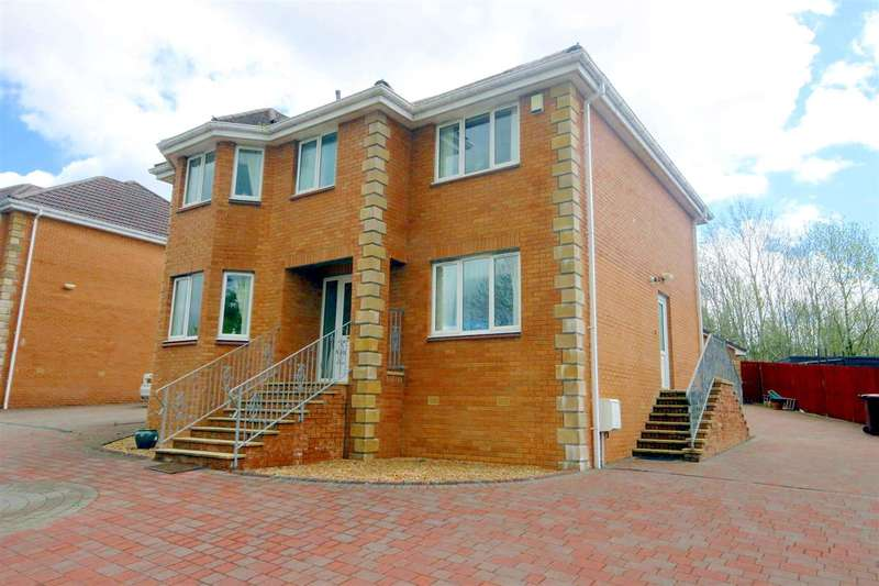 4 Bedrooms Detached House for sale in High Street, Motherwell