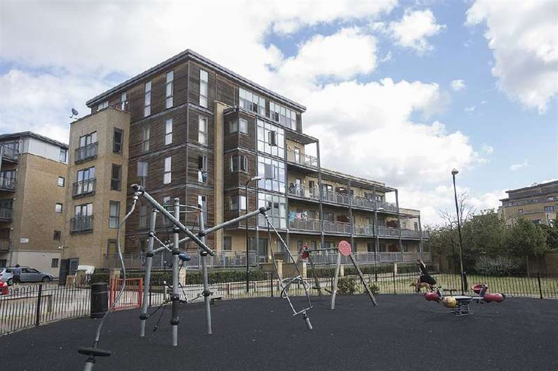 1 Bedroom Apartment Flat for sale in Woodmill Road, Hackney, London, E5