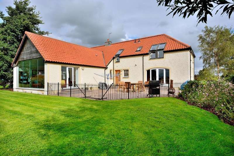 5 Bedrooms Detached House for sale in Brook Street, Alva, Stirling, Scotland, FK12 5AW