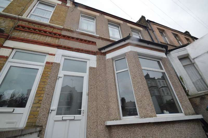 3 Bedrooms Terraced House for sale in Piedmont Road, Plumstead, London SE18