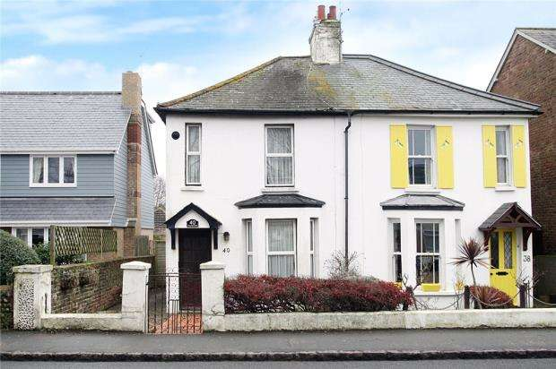 2 Bedrooms Semi Detached House for sale in Ash Lane, Rustington, West Sussex, BN16