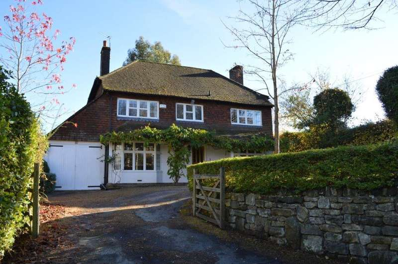 5 Bedrooms Detached House for sale in Turners Green Lane, Wadhurst