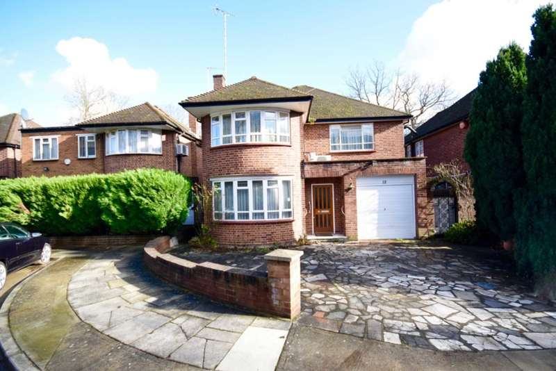 4 Bedrooms House for sale in Danescroft Gardens, Hendon