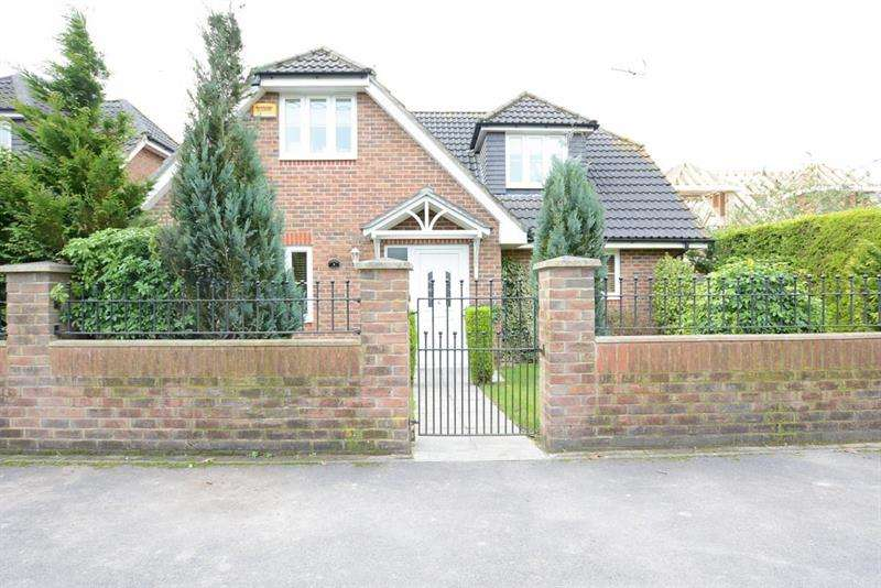 4 Bedrooms Chalet House for sale in Virginia Close, Verwood