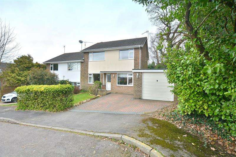 3 Bedrooms Semi Detached House for sale in Rushcombe Way, Corfe Mullen, Wimborne