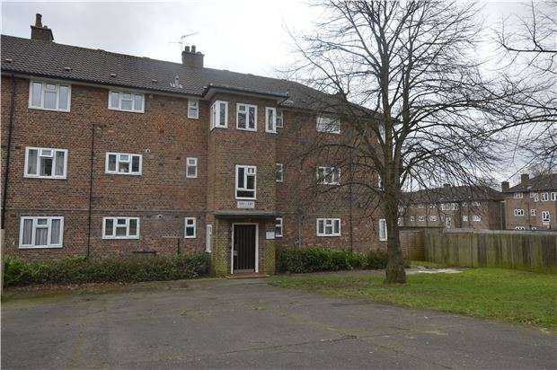 Flat for sale in Nailsworth Crescent, Merstham, REDHILL, RH1 3JE