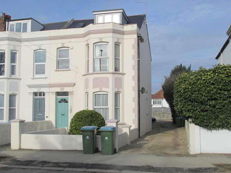 1 Bedroom Flat for sale in Aldwick Road, Bognor Regis, West Sussex, PO21 2PA