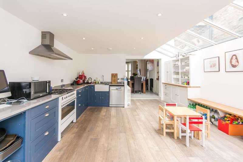 3 Bedrooms Terraced House for sale in Ravensworth Road, Kensal Rise, NW10