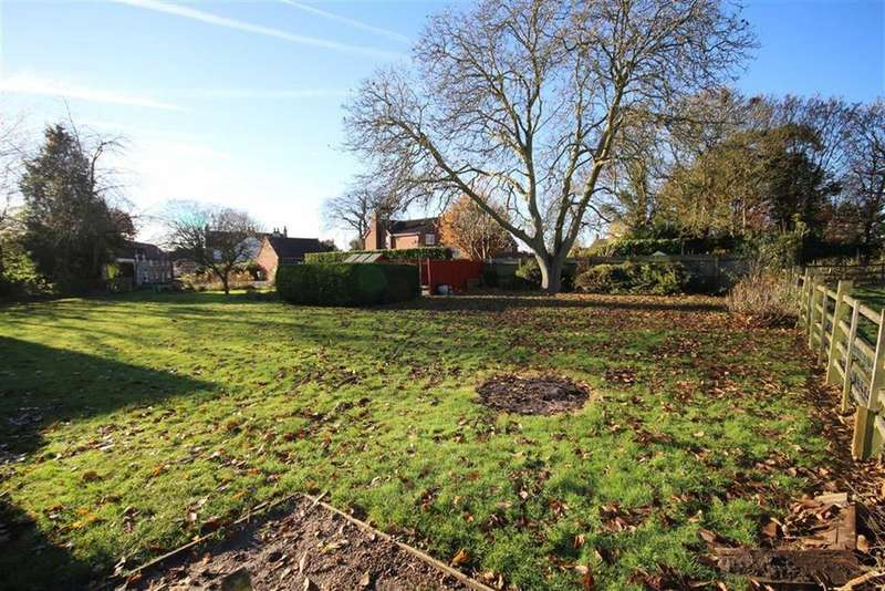 Land Commercial for sale in Farrows Row, Ingham, Lincoln, Lincolnshire