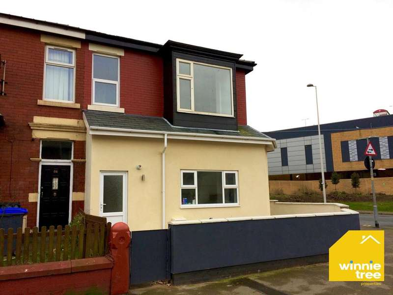 2 Bedrooms Semi Detached House for sale in Buchanan Street, Blackpool FY1