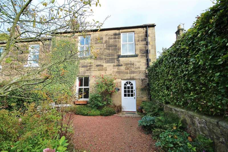 3 Bedrooms Terraced House for sale in Laburnum Cottage, Percy Terrace, Alnwick, Northumberland NE66