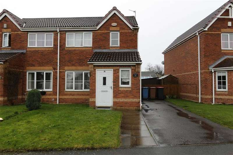 3 Bedrooms Semi Detached House for sale in 10, Primary Close, Cadishead