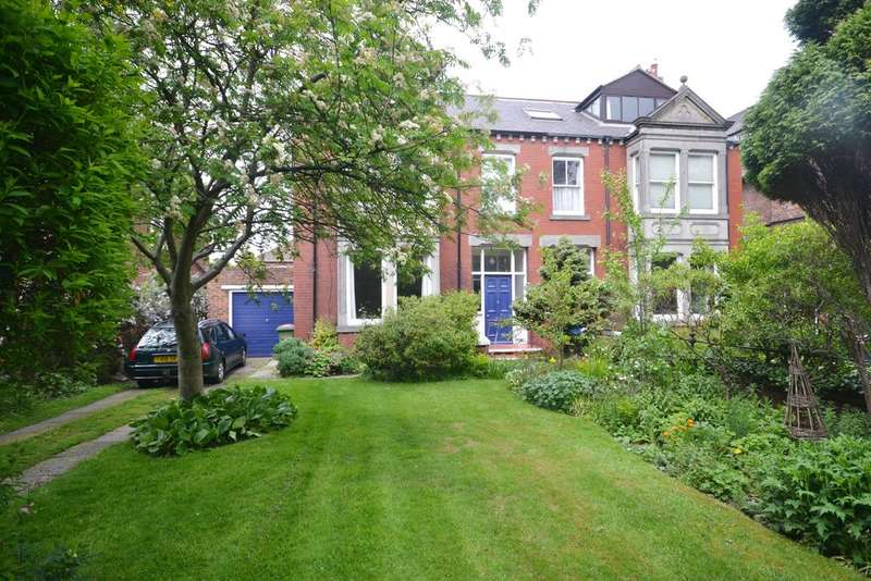 4 Bedrooms Town House for sale in Easson Road, Redcar TS10
