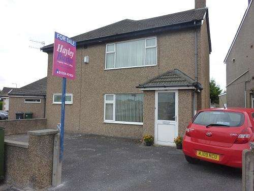 2 Bedrooms Ground Flat for sale in Bare, Morecambe LA4