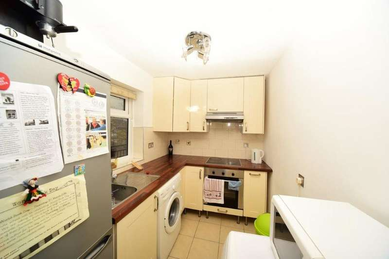 2 Bedrooms Flat for sale in Sydney Road, Muswell Hill N10