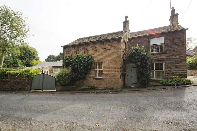 3 Bedrooms Detached House for sale in Grasscroft, Saddleworth, Oldham OL4