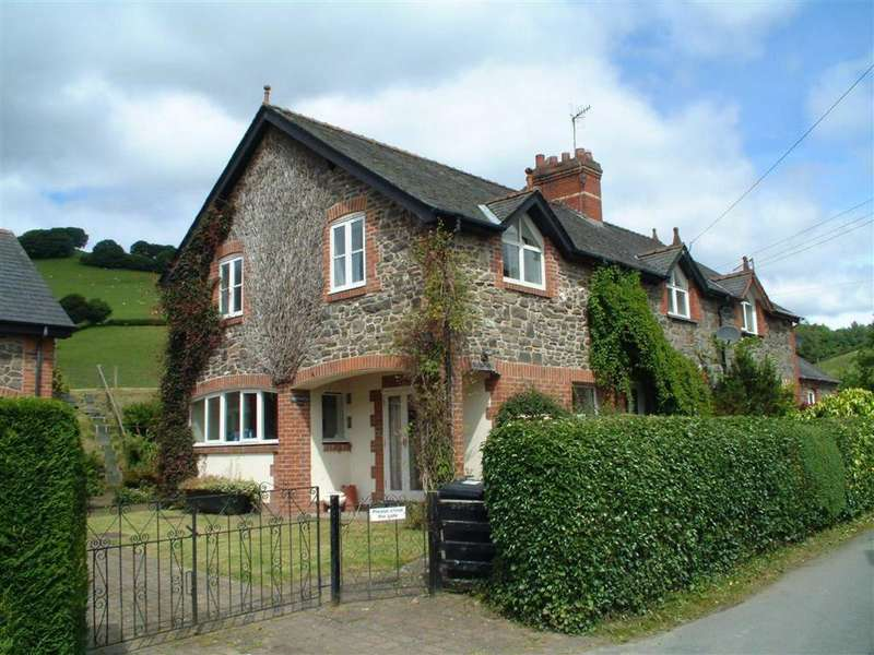 3 Bedrooms Semi Detached House for sale in Glynawel, Llawryglyn, Caersws