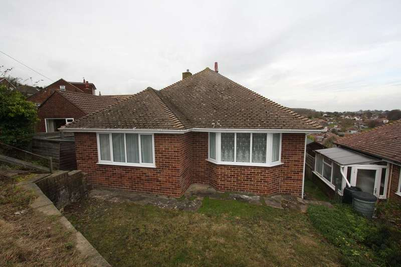 2 Bedrooms Detached Bungalow for sale in Selmeston Road, Eastbourne BN21