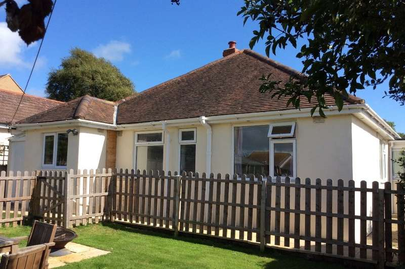 3 Bedrooms Detached Bungalow for sale in Bridport