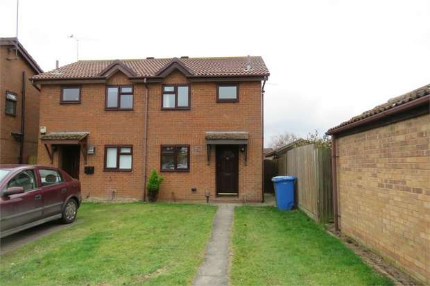 2 Bedrooms Semi Detached House for sale in Clerke Drive, Kemsley, SITTINGBOURNE, Kent
