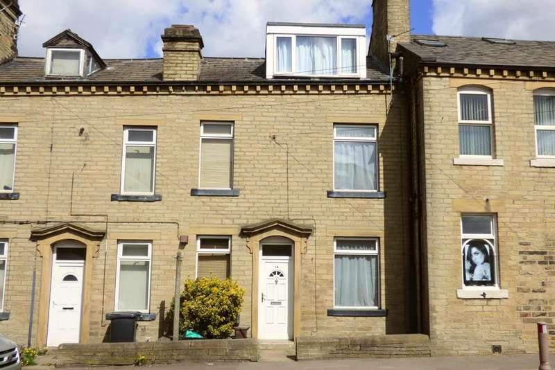 3 Bedrooms Terraced House for sale in Halifax Road, Hipperholme HX3