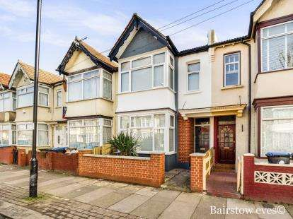 3 Bedrooms Terraced House for sale in Winchester Road, Edmonton, London