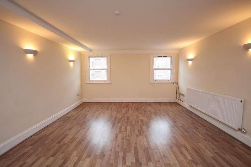 2 Bedrooms Flat for sale in Kirkdale Road, Sydenham, SE26