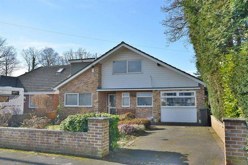 5 Bedrooms House for sale in Hill View Road, Bournemouth