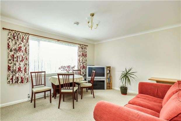 3 Bedrooms Semi Detached House for sale in Hyde Crescent, LONDON, NW9 7HA