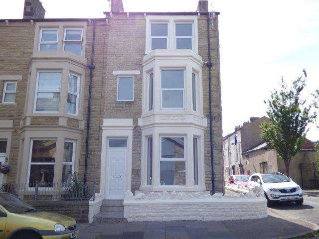 5 Bedrooms End Of Terrace House for sale in Oxford Street, Morecambe, LA4 5JG