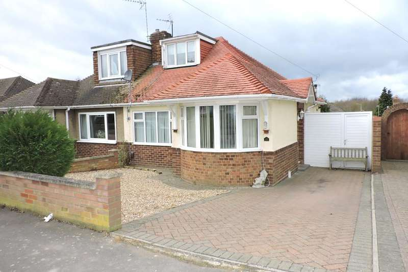 2 Bedrooms Semi Detached House for sale in Derwent Avenue, Luton, Bedfordshire, LU3 2DX
