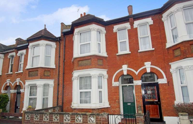 3 Bedrooms Terraced House for sale in Glebe Road, Bromley