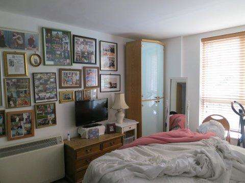 2 Bedrooms Flat for sale in Larch Court, Admiral Walk W9