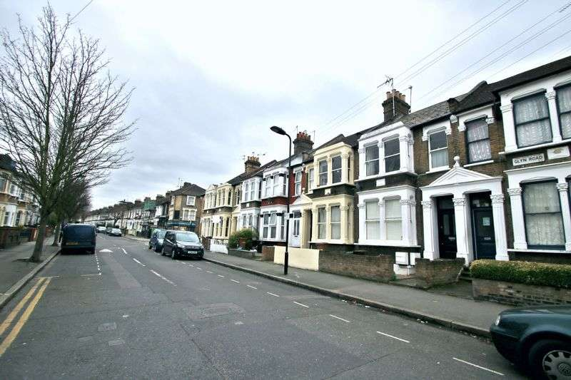 4 Bedrooms Property for sale in Glyn Road, London, E5